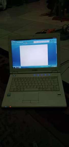 laptop axio zetta