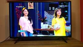 LED TV Coocaa 50 Inch Mulus Like New No Minus Fullset