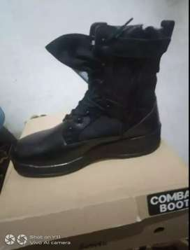 Comboo police shoes