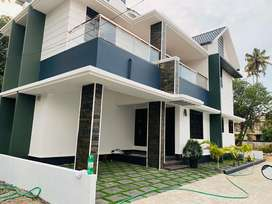 Kakkanad vazhakkala jn 3.100cent 1610sqft 3bhk house