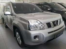 Nissan Xtrail 2.0 CVT at 2010, dp 28 jt, bawa mobil