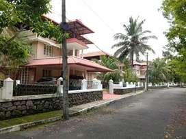 Gated villa 11.5 cent 2800 Sqft 4 Bhk luxury villa for sale kakkanad