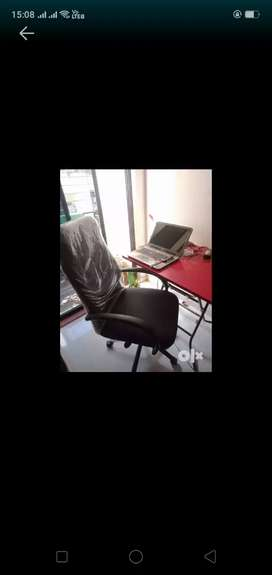 Office chair & table