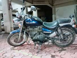 Royal Enfield / Thunderbird is good condition