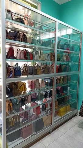 Tas dan fashion wanita