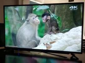 31.5 inch led tv with soundbar 9000