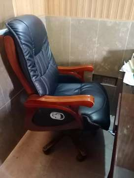Learther office chair .special peice
