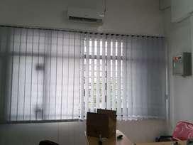 Pusat pemesanan tirai kantor vertikal blinds