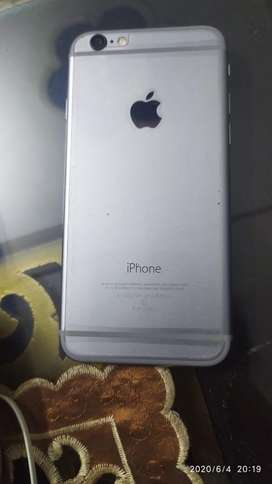 Iphone 6 32gb space grey colour scretchless phone not a single problem