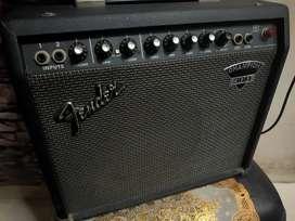 Amplifier fender champion 300