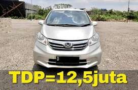 Honda FREED 2012 Facelift | Bisa Kredit TDP=12,5juta
