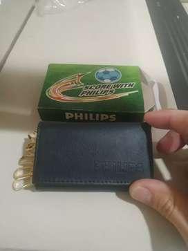 Dompet gantungan kunci