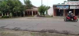 Tanah, Rumah dan ruko lokasi barat pasar kerten