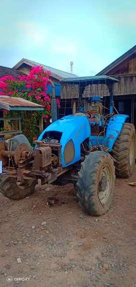 Dijual traktor landini