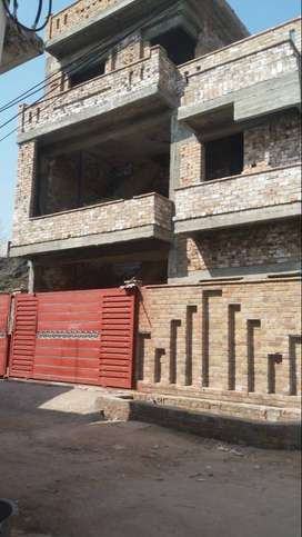Grey structure House for sale in i14/3