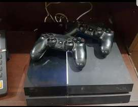 PS4 1TB in Immaculate Condition and 2 controllers