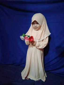 Gamis Anak Muslimah Renda . . .