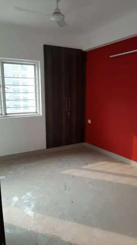 3Bhk semi furnished flat for Rent in Noida extension