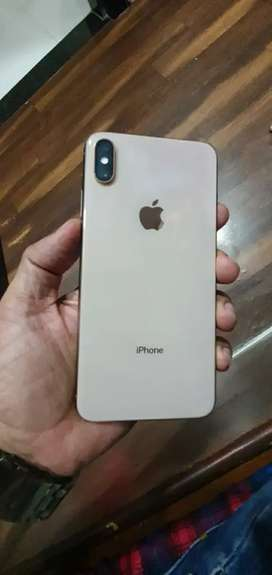 Apple i ph xs max gold colur 256 gb with full kit wout box