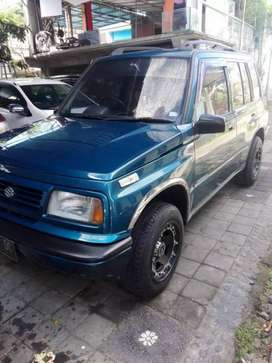 Dijual mobil suzuki sidekick tahun 1997