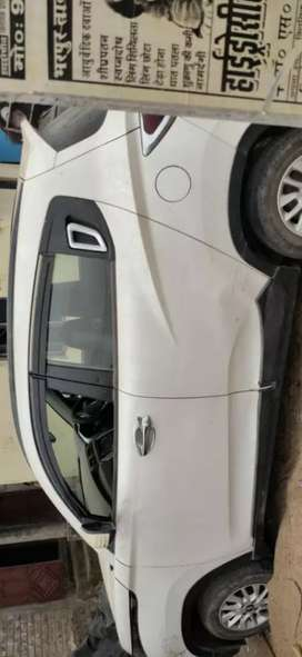Selling on best price.. coz it's urgent I'm buying other..car