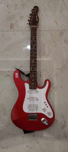 3 month old givson electric guitar