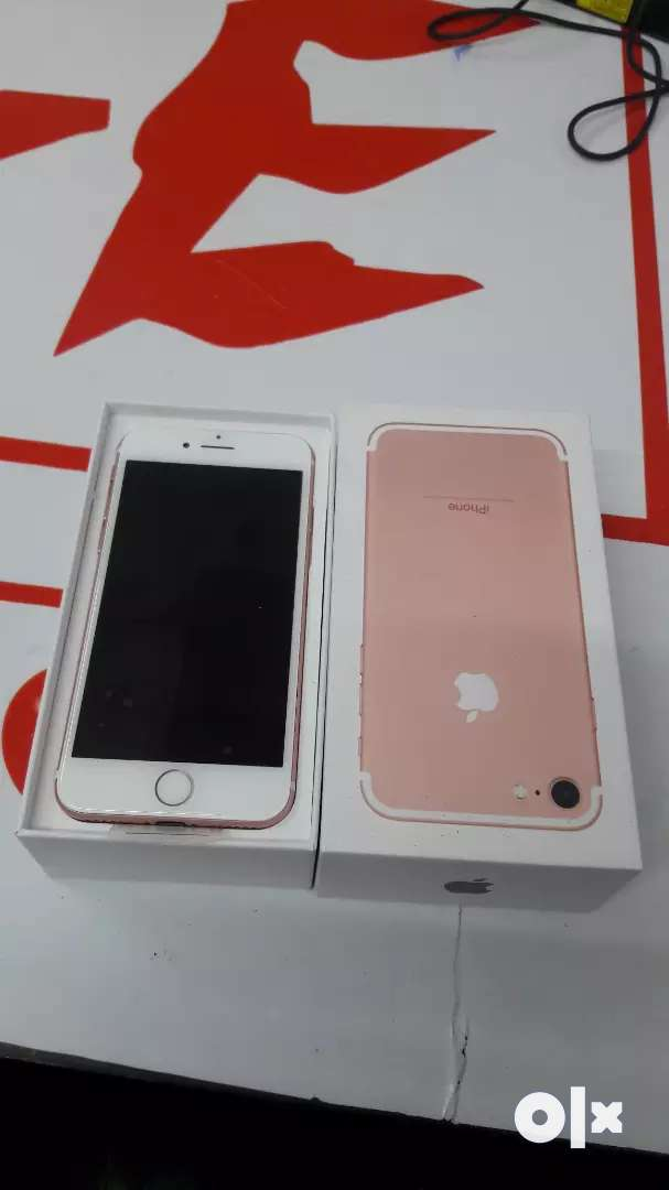 iPhone 7 128gb brand new phone 0