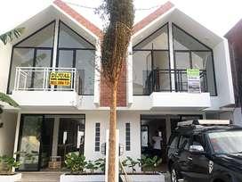 Rumah Baru idaman minimalis modern yg nyaman murah  di jakarta selatan