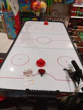 Hockey game type white