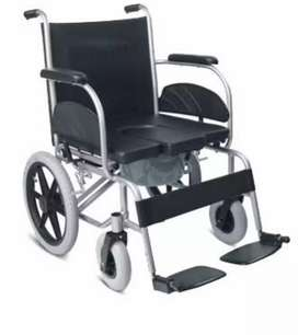Wheelchair with commod
