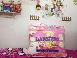 Bed cover / bedcover merk Ika Destiono Uk 180 x 200