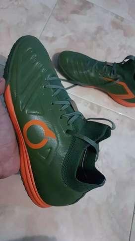 Sepatu Futsal Ortuseight Forte Valkyrie size 42