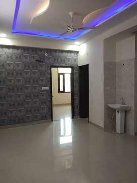 2 Bhk ready to move in semi furnished flats at Patrakar colony