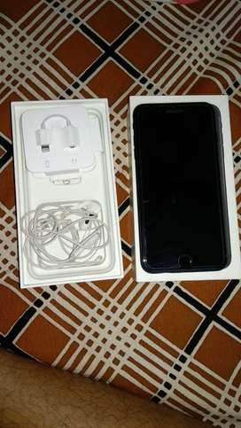 Iphone 7 plus 128gb with good condition and box