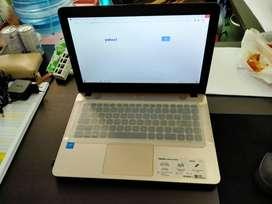 Jual Cepat laptop Asus intel dual core masih mulussssss...
