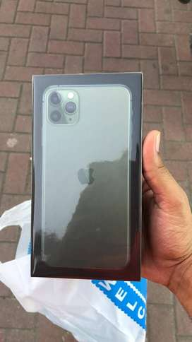 IPhone 11 pro max 256gb green colour dual sim