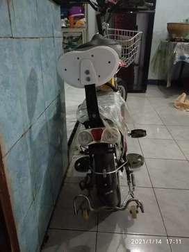 "Sepeda listrik "" SELIS "" Butterfly 36V500 Tubeless"