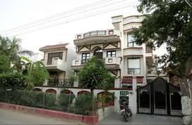 3 BHK Sharing Rooms for Women at ₹8900 in Sector 23, Gurgaon