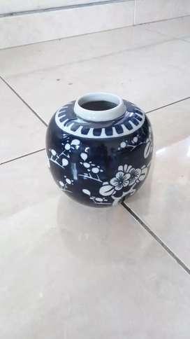 Keramik Antik Guci Kecil Biru Tua (MINUS TUTUP)