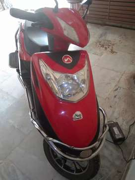 2018 model electronic scooter