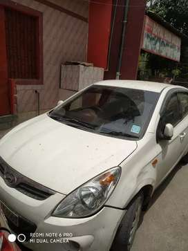 Cng sequentional kit... Gud condition car...