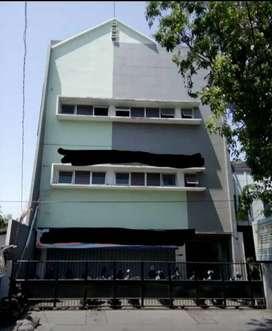 Tanah Dan Bangunan 3,5 Lantai Pucang Surabaya