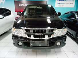 Isuzu panther LV 2.5 manual istimewa