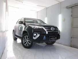 LOW KM 19rb Toyota Fortuner VRZ Diesel AT 2017 Hitam