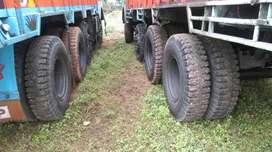 12 wheel truck