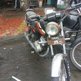 Yamaha 100 50000 Kms 1995 year new clour all work done