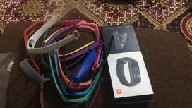 Mi smart Band 4 with 13 Extra straps