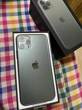 I phone 11 pro 64 gb grey Physicaly dual sim with box and all accesory