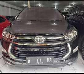 Toyota innova venturer disel matic hitam 2020.
