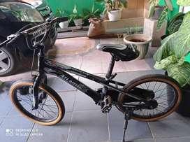 Dijual sepeda bmx anak anak